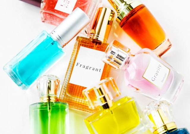 تشخیص بوی عطر از روی رنگ آن